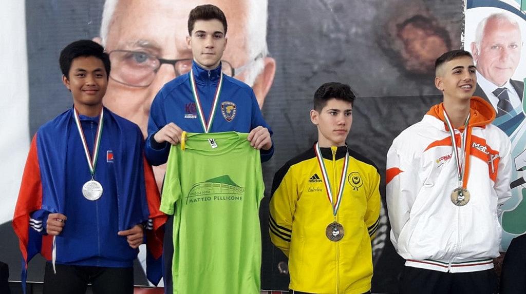 Mario Ciminiello vince l'Open di Calabria di Karate